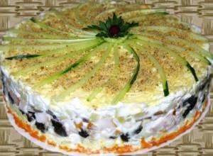 novogodnij-salat-dvenadcat-mesyacev
